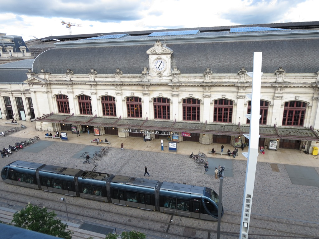 The Bordeaux train station (the day after labor day)