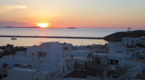 Midsummer Night's Dreaming on Naxos