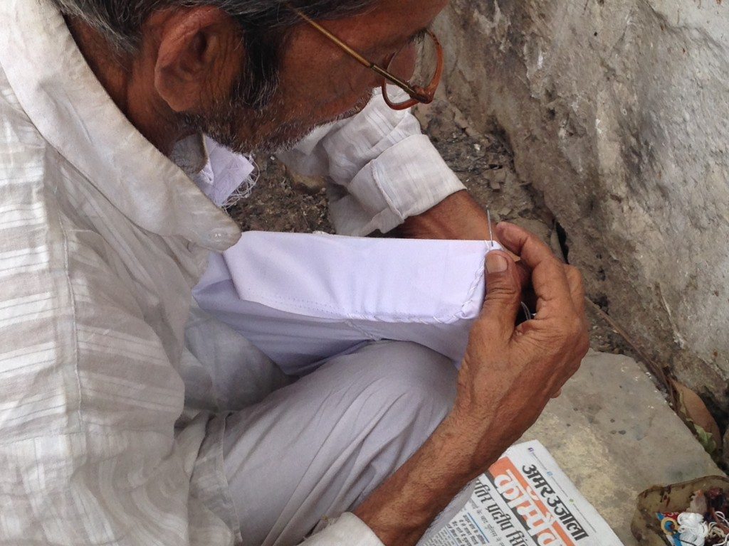 Parcel Maker Hand Stitching Linen, Gorakhpur